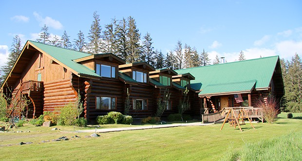 Bear track inn  wilderness lodge in Gustavas ALaska.